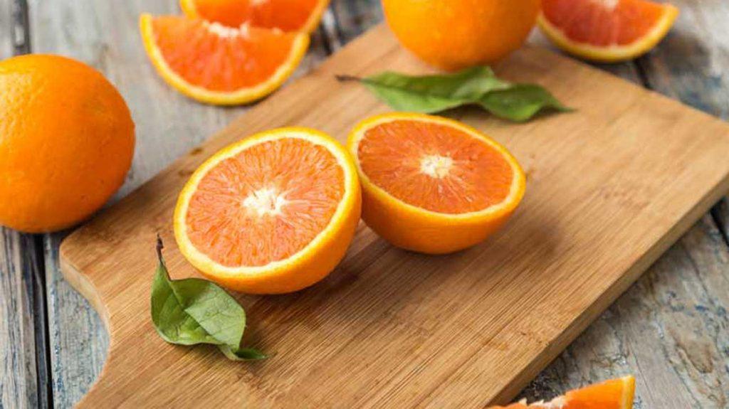 5  foods destroy the enamel